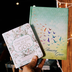 Amazing Grace Journal with One Minute Devotions Day by Day With God
