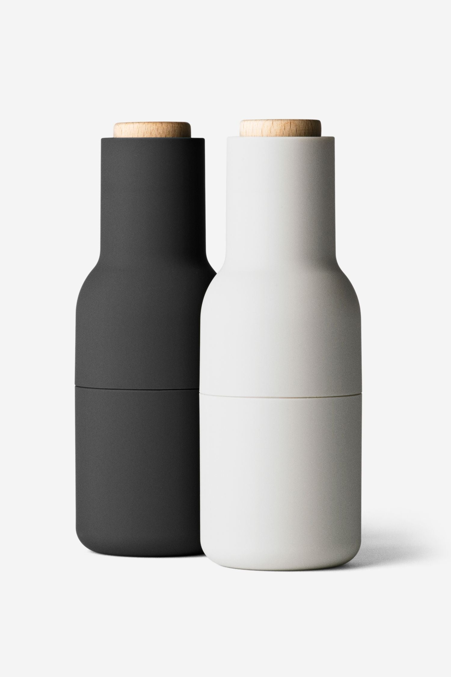 bottle salt + pepper grinders set/2