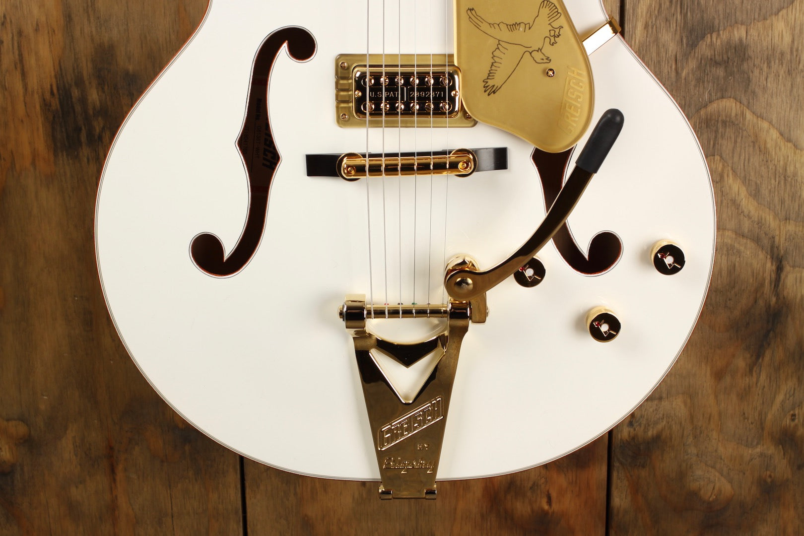 Gretsch G6136T Player's Edition White Falcon with Bigsby