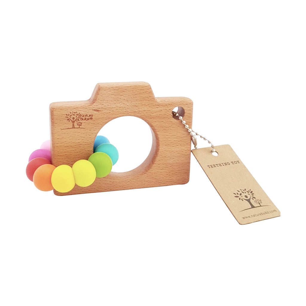 baby teether - NatureBubz | rainbow colours beech wood and silicone beads | Moeder Fox favourite things