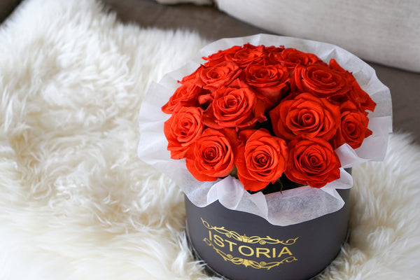 red roses bouquet in the  box