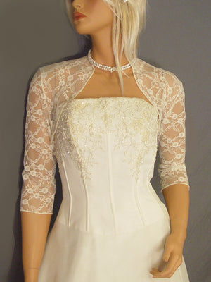 Audrey in Lace with 3/4 sleeves