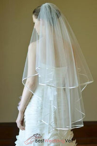 fingertip-tulle-ribbon-edge-bride-veil-with-comb
