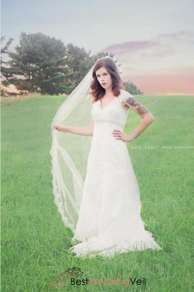 modern-boho-cathedral-french-alencon-lace-wedding-veil