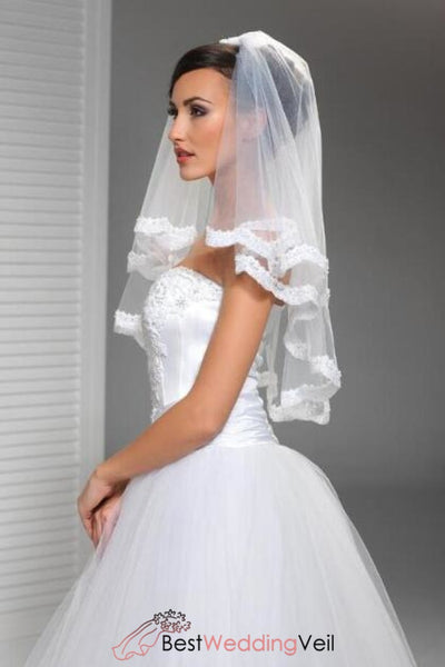 two-tiers-tulle-bride-elbow-length-wedding-veil-with-appliqued-trim