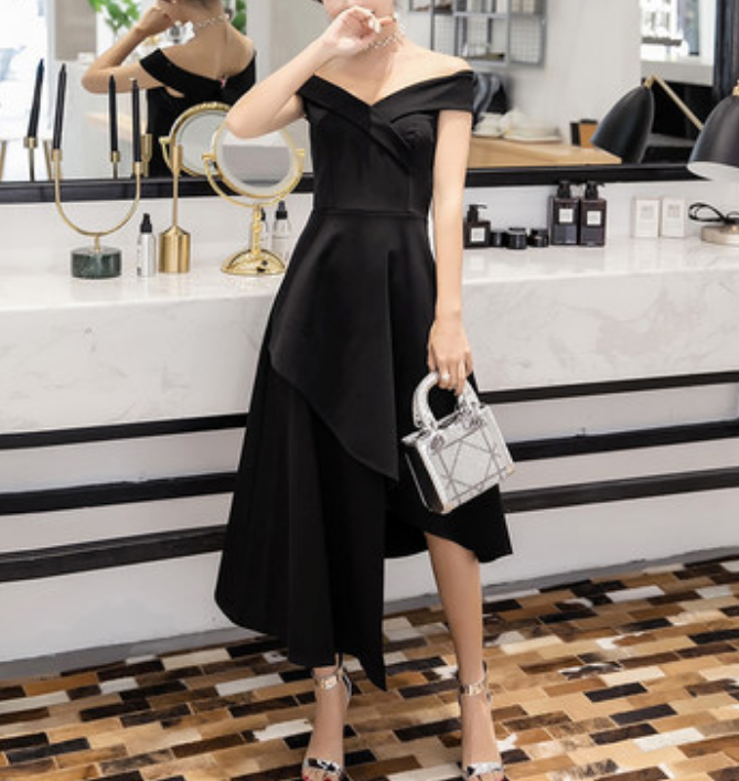 Vivienne Little Black Dress