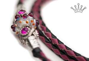 Kangaroo leather show lead in black & cerise - Emoticon