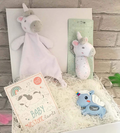 Halia_Rose_Newborn_Baby_Unicorn_Gift_Set