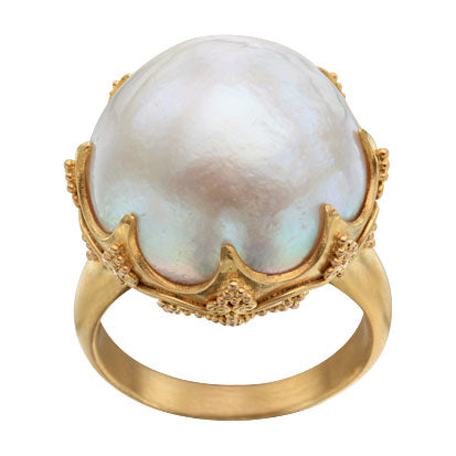 22kt Yellow Gold and Mabe Pearl Ring