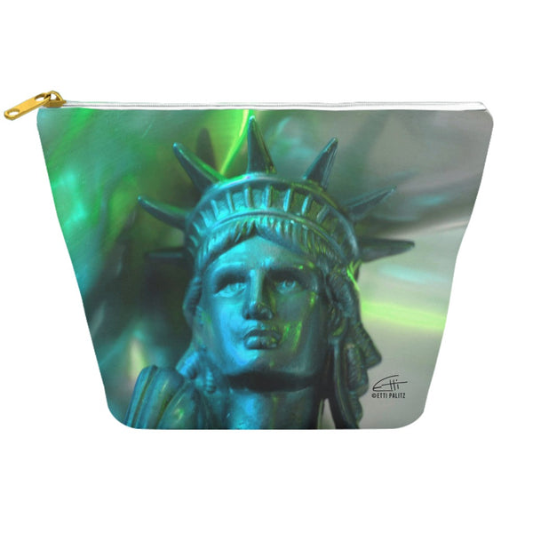 In Love with New York 'Liberty In Green' Dopp Kit
