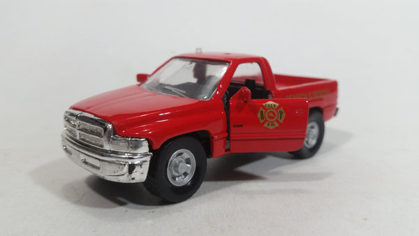 2016 Maisto Dodge Ram Truck City F.D. Fire Search and Rescue Red 1/46 Scale Pull Back Motorized Friction Die Cast Toy Car Vehicle with Opening Doors - Damaged lights on the roof