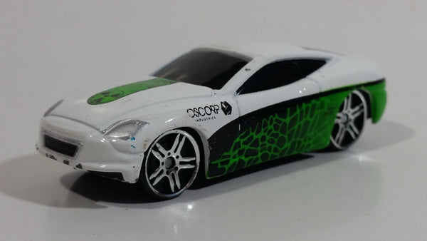 "2012 Maisto Marvel The Amazing Spider-Man V7 Lizard White ""Oscorp"" Die Cast Toy Car Vehicle"
