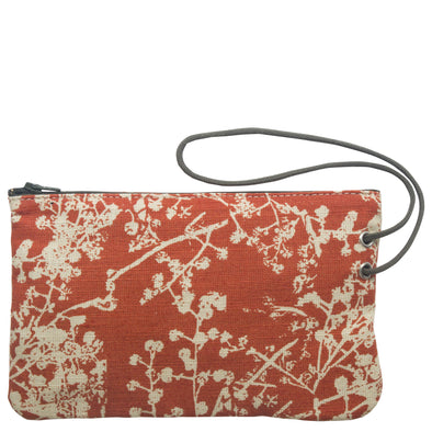 Pochette, the essence of a pouch