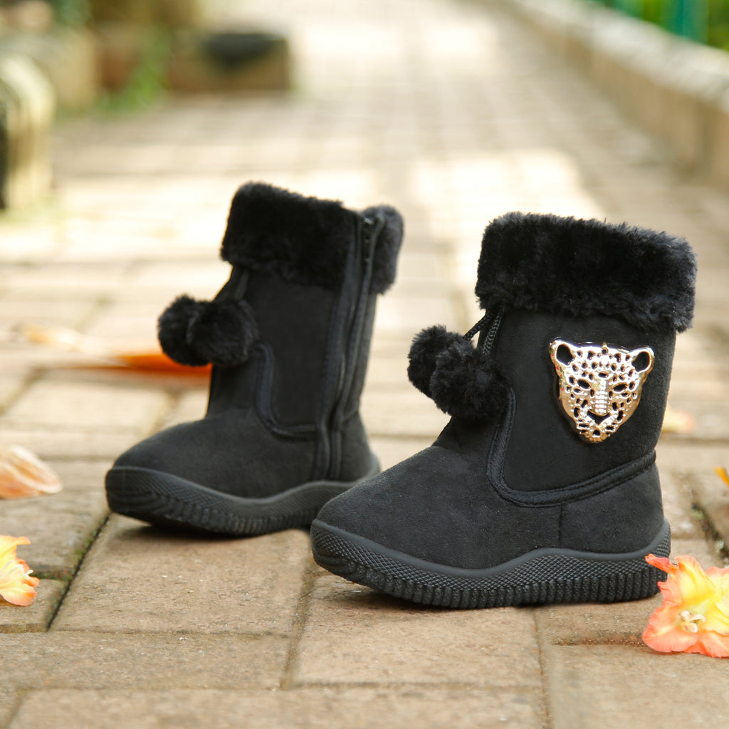 Chic Boots For Girls - Mistics