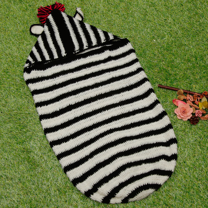 Pure Wool Black & White Sleep Sack With Hood For Baby Girls - Mistics