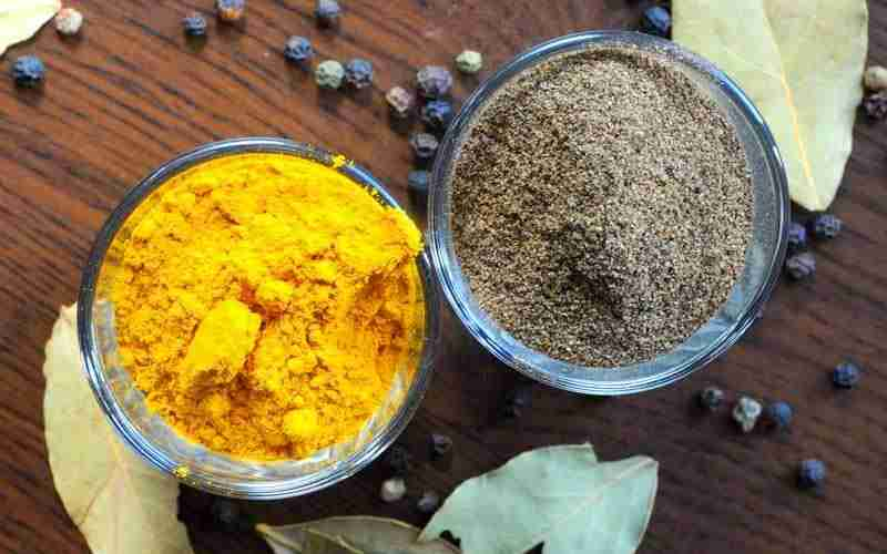 Turmeric with Black Pepper For Weight Loss