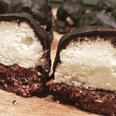 Chocolate, Coconut and Mint Biscuits