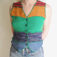 VINTAGE | 70's Knit Rainbow Vest Top - (S-M)