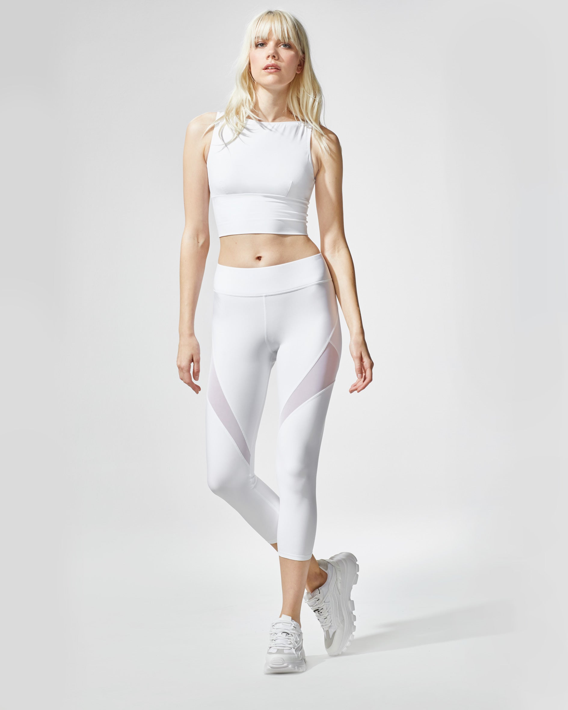 Inversion Crop Legging - White