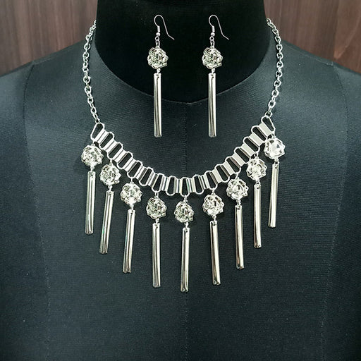 Jeweljunk Rhodium Plated Statement Necklace Set