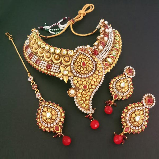 Sai Raj AD Stone Kundan Necklace Set With Maang Tikka