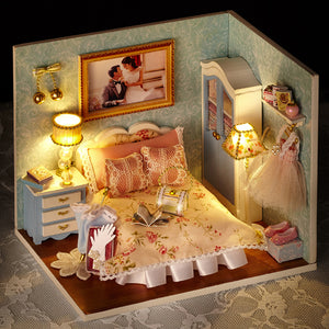 DIY Dollhouse - Happiness Series - Happy Moment - Toys & Games - Toys - Dolls, Playsets & Toy Figures - Dollhouses - PlayAge
