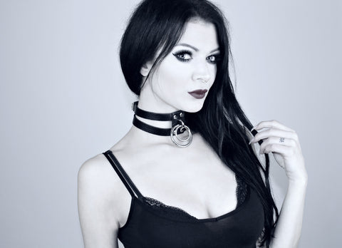Restless Mind Choker Domino silver Leather Choker