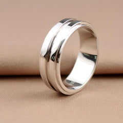Dean Winchester's silver ring.