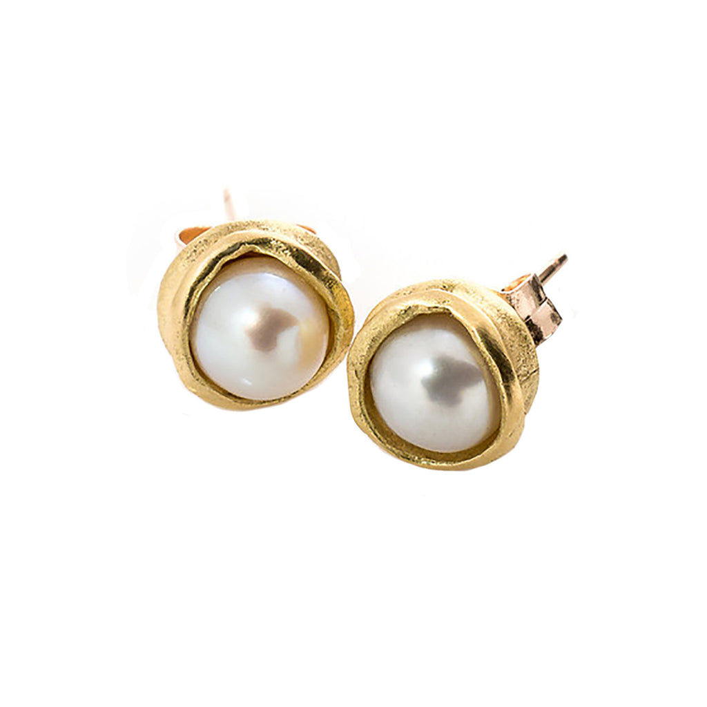 18k Gold Water Droplet Studs With White Pearls
