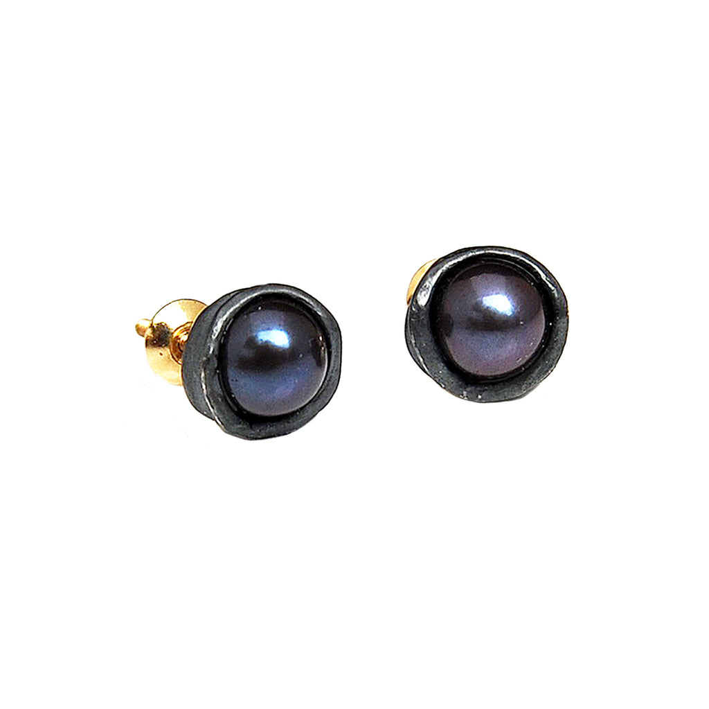 Oxidized Silver Water Droplet Studs With Black Pearls