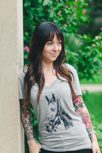 Relaxed Fit V-Neck Bamboo T Shirt Horse design