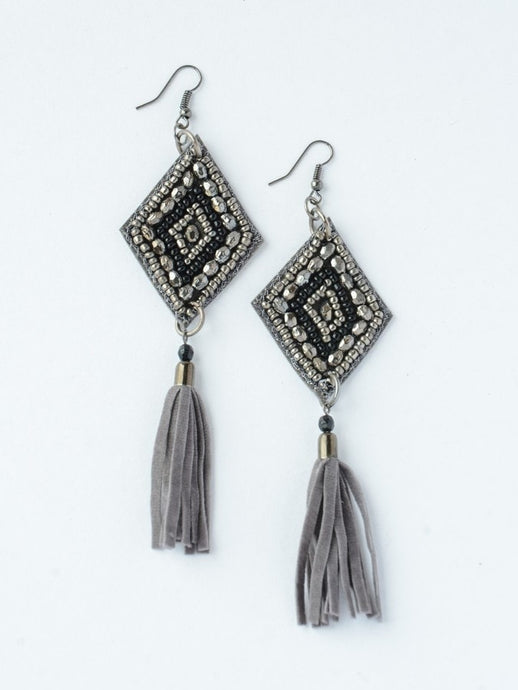 tassel earrings leather black sparkle