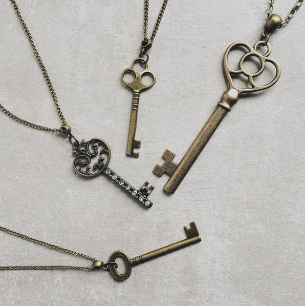 ANCIENT KEY NECKLACE
