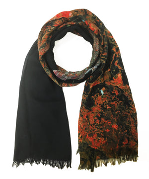 map scarf of Beirut, Lebanon in modal/cashmere blend. Perfect gift or souvenir for women and men.