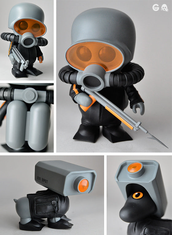 Squadt Fr0g s002 and K11 Spot Swamp Dwllr Orange Retail Vinyl Figure
