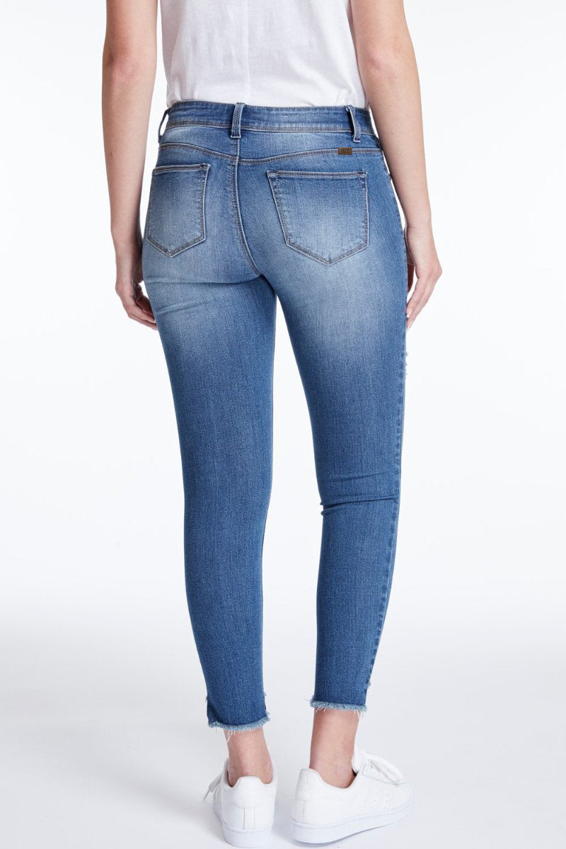 1822 Denim Step Hem Skinny Jeans In Greg - CJ7C1273B3
