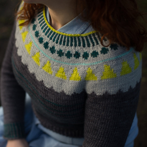 VINTAGE WINTER JUMPER PATTERN