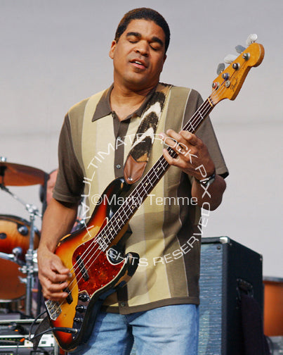Photo of bassist Oteil Burbridge of The Allman Brothers by Marty Temme