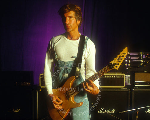 Photo of guitarist George Lynch during a photo shoot in 1995 by Marty Temme