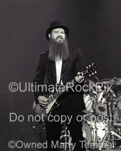 Photo of guitar player Billy Gibbons of ZZ Top in concert in 1979 by Marty Temme