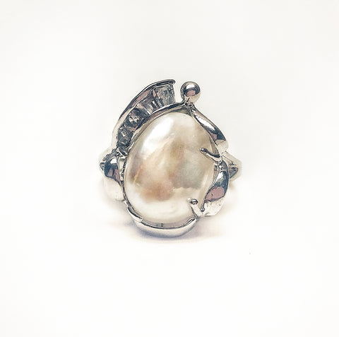 Rings Angel Pearl ring. White - Living in Style with Olga
