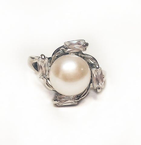 Rings Mayan Sun pearl ring. White. - Living in Style with Olga