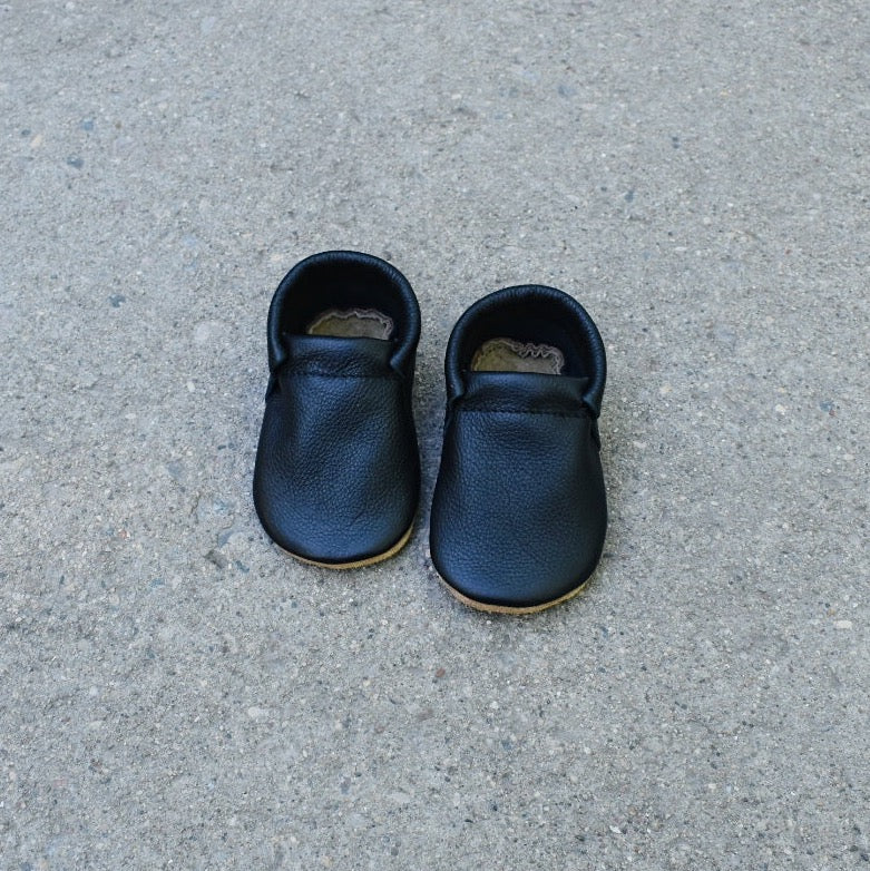 loafers- black