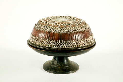 DULANG ANTIQUE OFFERING BOWL WITH TOP