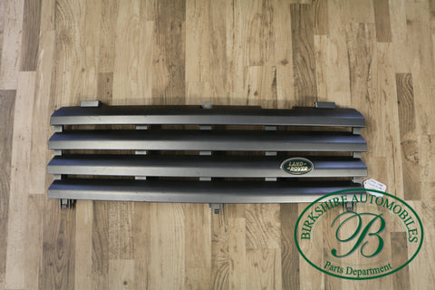 Land Rover LR3 Grill part# DHB000274LML. Fits Land Rover LR3 2005-2009