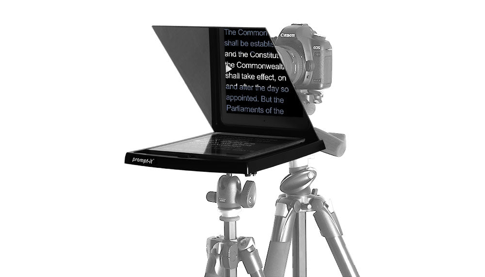 Prompt-it Teleprompter Maxi on stand
