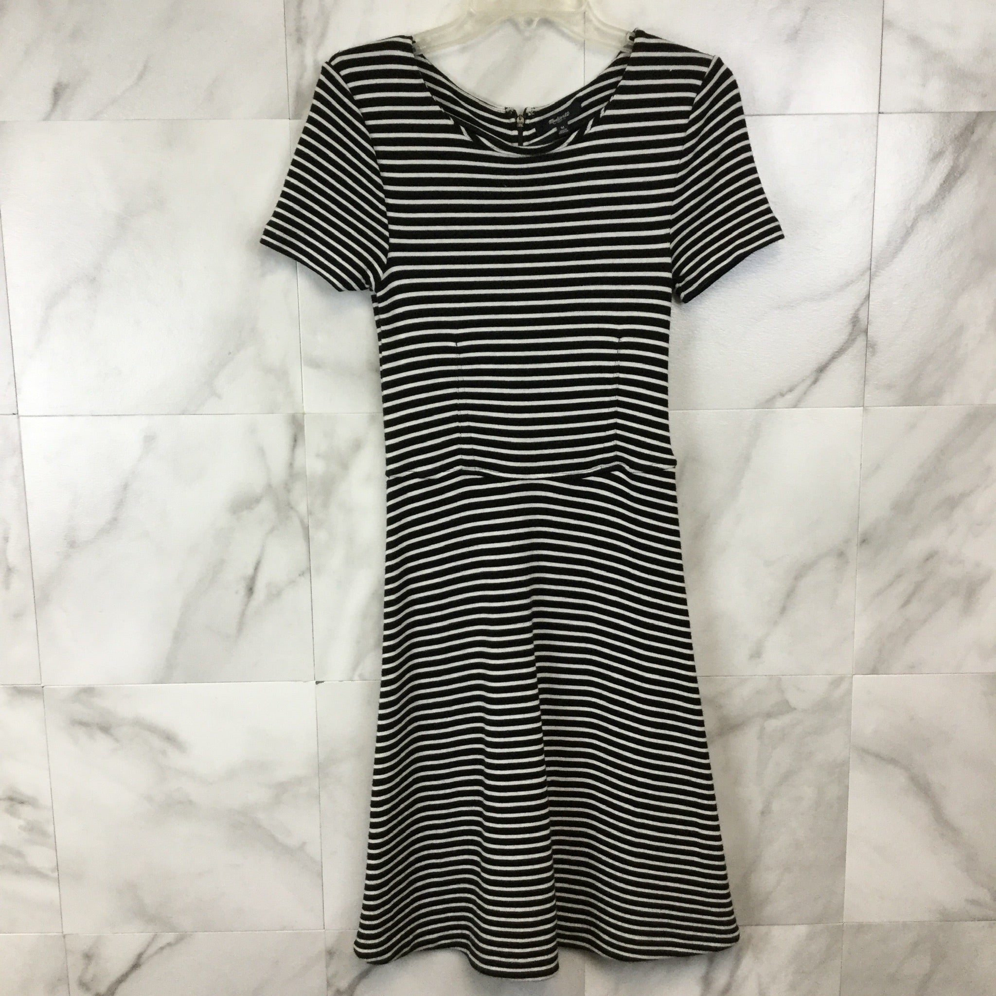 Madewell Gallerist Dress - size M