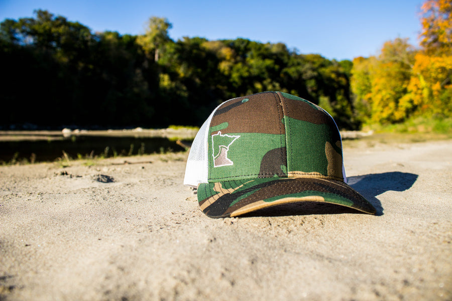 Roots Snapback - Camo/White
