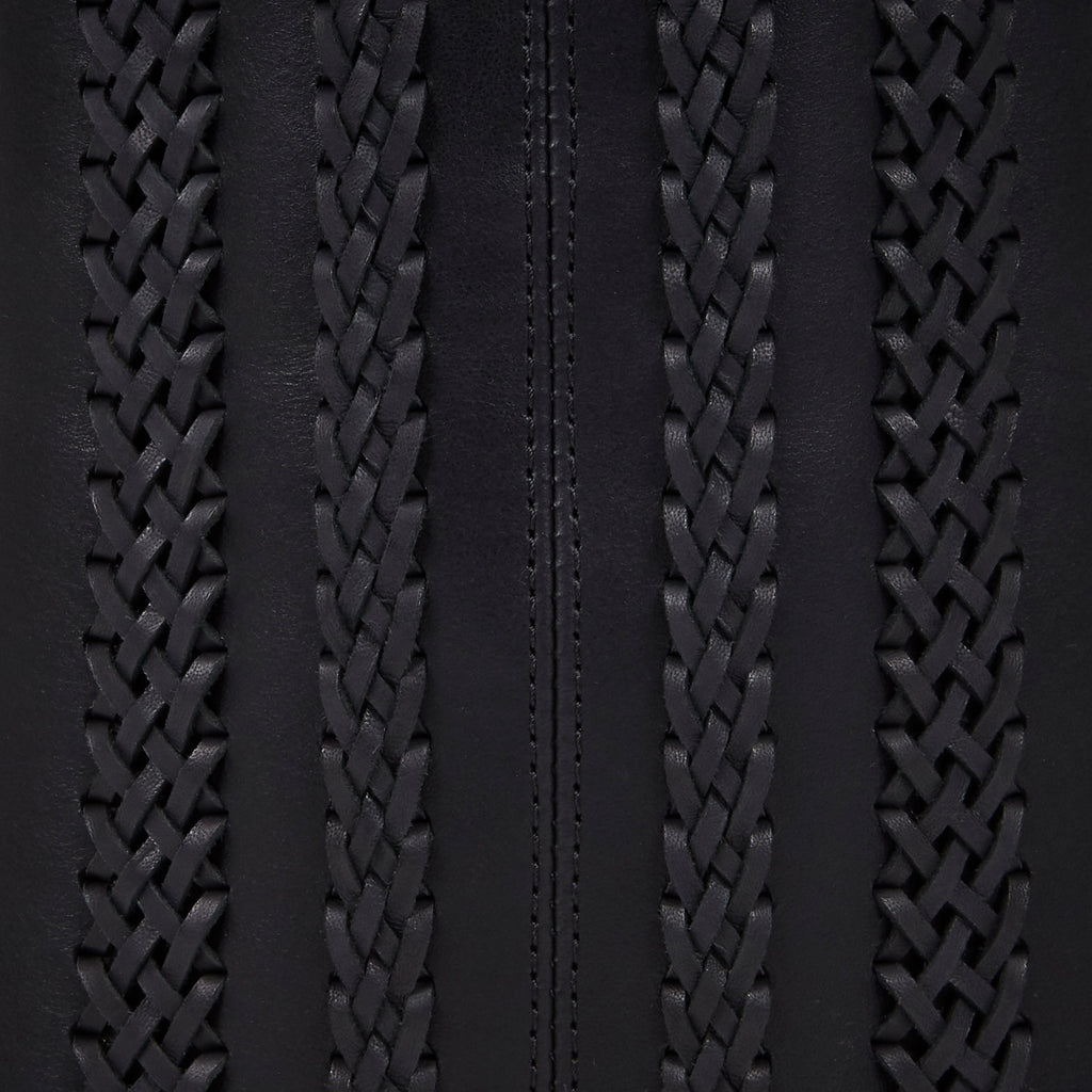 black leather bucket bag BLACK MOON close up of weave