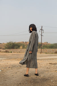 INFINITE KNOTTED SHIRT DRESS
